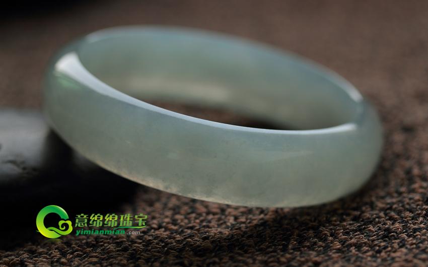 晶莹剔透天然缅甸老坑冰糯种A货翡翠圆形玉手镯 内径58.5