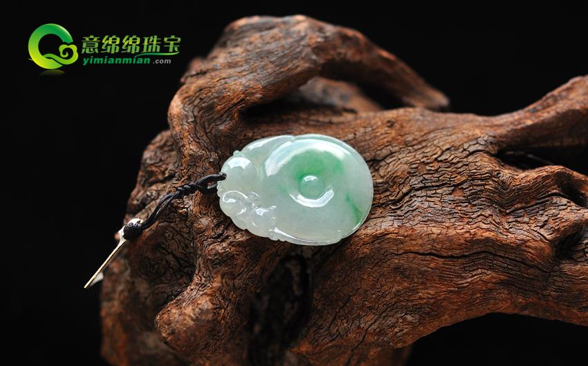 缅甸老坑A货天然带绿冰糯种翡翠福在眼前挂件