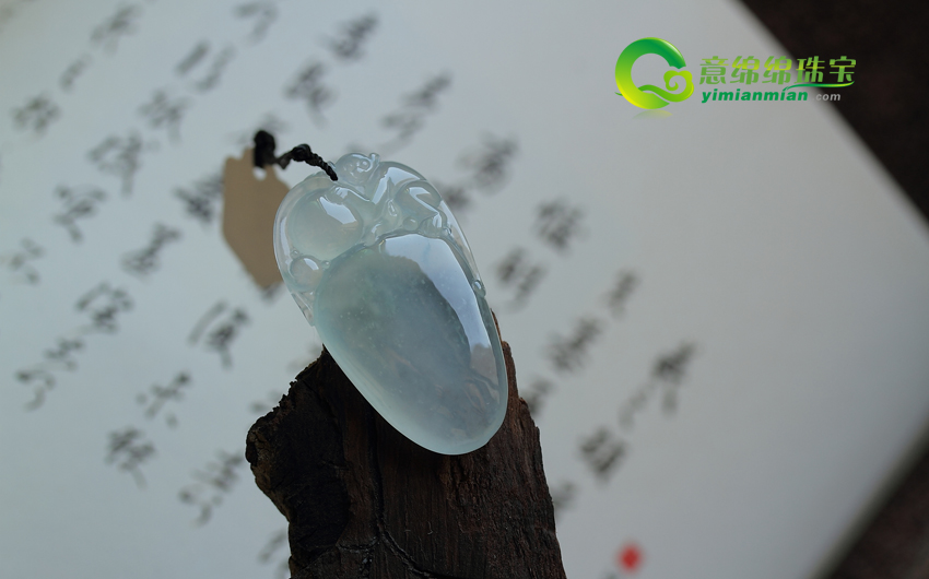 冰种翡翠挂件保养秘诀 冰种翡翠挂件如何来清洗
