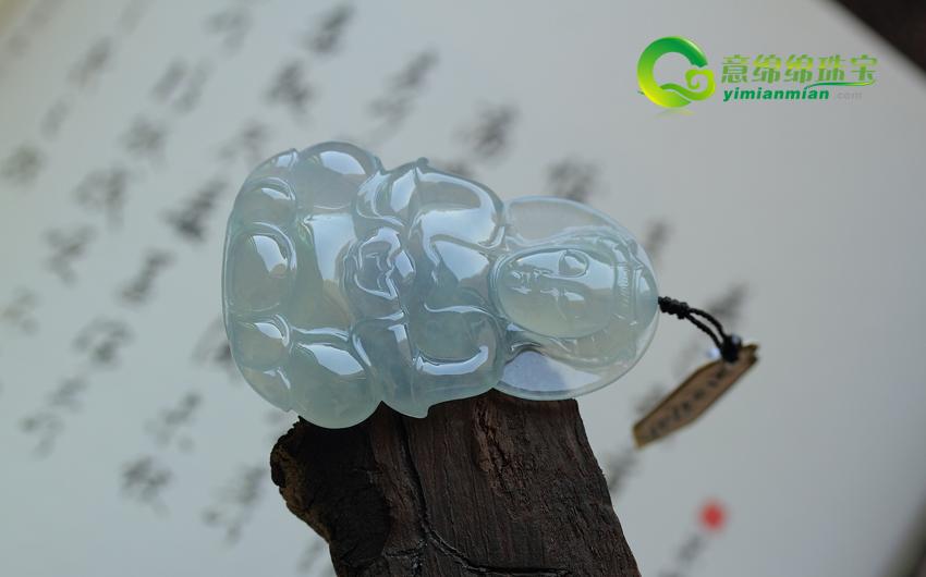 男戴观音女戴佛 是中国传统文化与翡翠玉石文化结合的产物