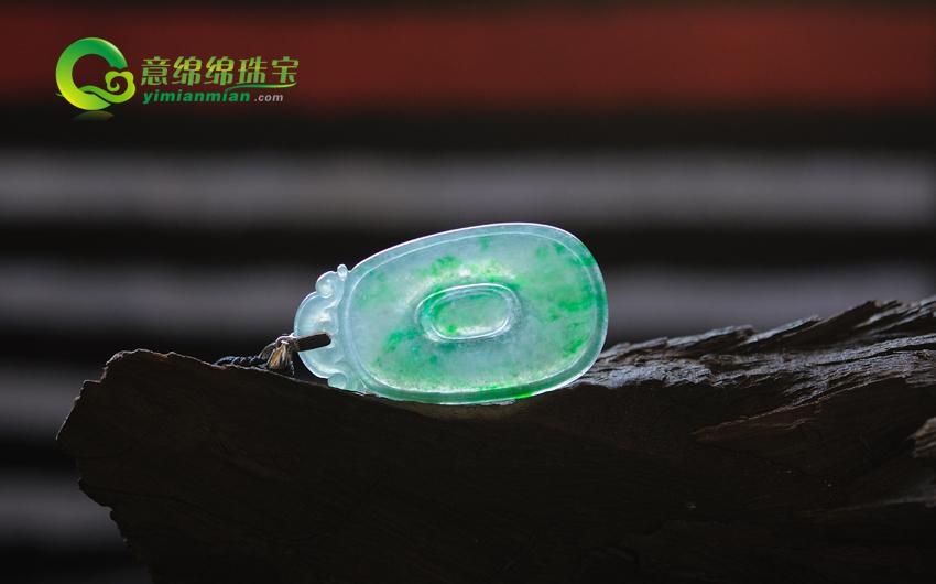 缅甸A货老坑天然冰种翡翠福在眼前挂件