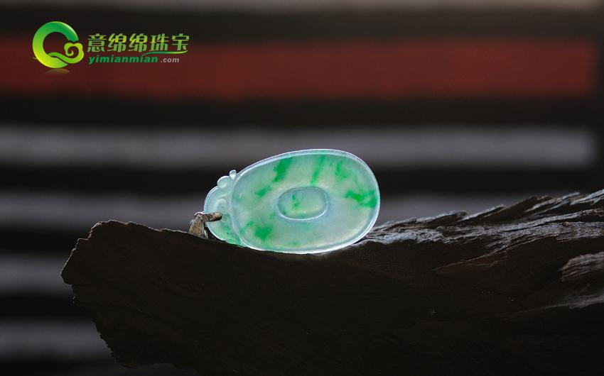 缅甸老坑天然冰种翡翠镶金钻福在眼前挂件