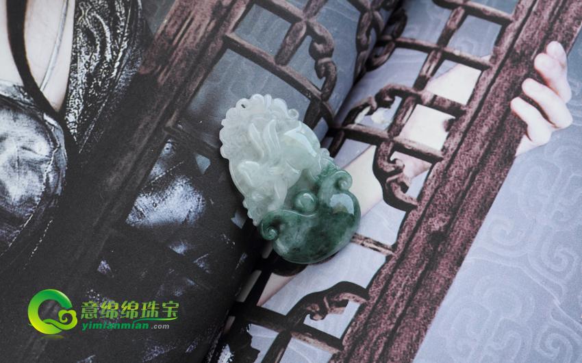 玉兔灵芝缅甸天然翡翠生肖兔挂件