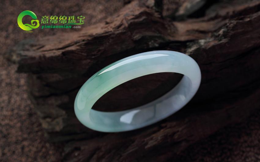 美丽无暇缅甸天然翡翠A货冰玻种翡翠手镯 内径55.5MM