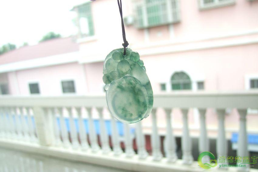 缅甸冰糯种飘花天然翡翠葫芦灵猴挂件