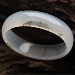 香草美人天然綠草瑪瑙手鐲 內徑56.1mm
