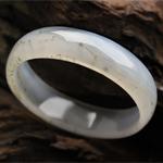 朱颜绿发天然绿草玛瑙手镯 内径 56.2mm