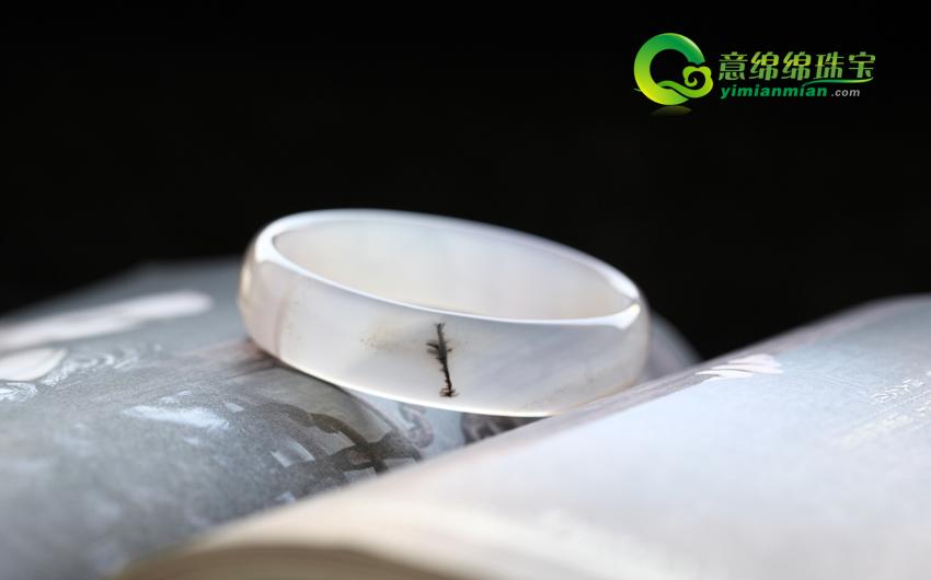 天然水草玛瑙手镯内径57.3mm