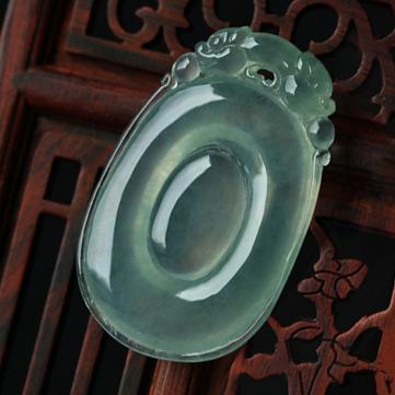 湖光山色天然缅甸A货冰玻璃种翡翠福贝挂件