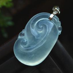 银装素裹天然缅甸A货冰玻璃种翡翠如意挂件