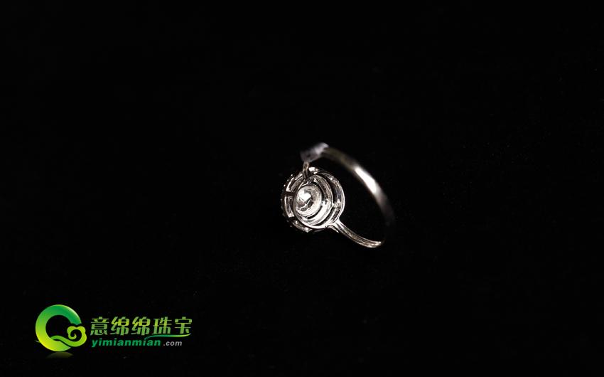 巧笑倩兮缅甸天然老坑翡翠A货玻璃种满绿戒指镶金戒指