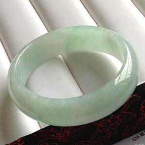 清丽如诗天然缅甸A货冰糯种飘绿翡翠贵妃手镯 内径55mm