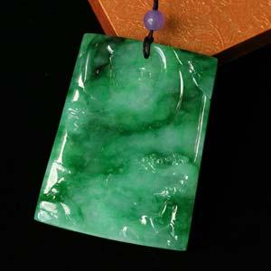 出类拔萃天然缅甸老坑A货翡翠冰糯种满绿方牌挂件