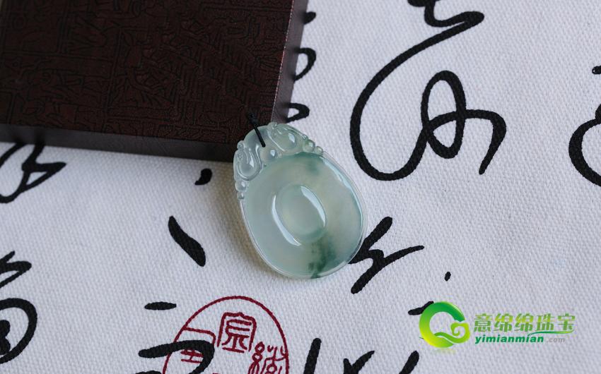 玲珑八面缅甸天然翡翠冰种福贝挂件 A货翡翠福贝吊坠