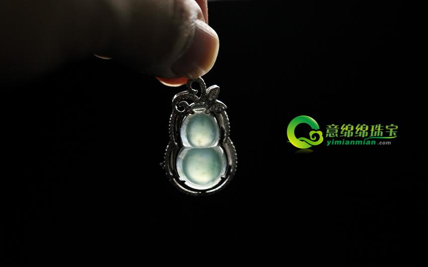 月上初妆天然缅甸老坑A货冰玻璃种飘花龙8娱乐app葫芦镶金挂件