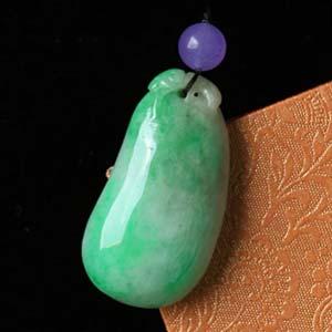 绿鬓朱颜天然缅甸老坑A货翡翠糯种阳绿福瓜挂件