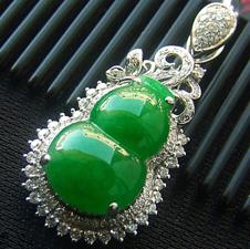 浑然天成天然缅甸A货翡翠老坑满绿K金镶嵌葫芦挂件