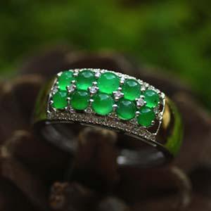 天然缅甸老坑A货玻璃种阳绿翡翠蛋面镶金戒指环