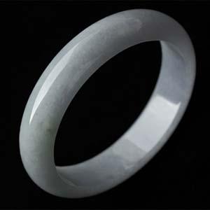 月下芳心天然缅甸老坑A货冰糯种翡翠手镯内径60.8mm