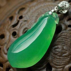 美輪美奐天然緬甸老坑A貨玻璃種滿綠翡翠福瓜掛件