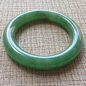 玉质细润天然缅甸老坑A货翡翠满绿冰种圆条手镯58.1mm