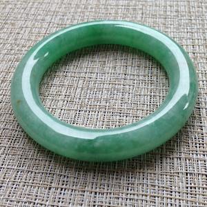 嫣然巧笑天然缅甸A货翡翠苹果绿冰种翡翠手镯  56.6mm