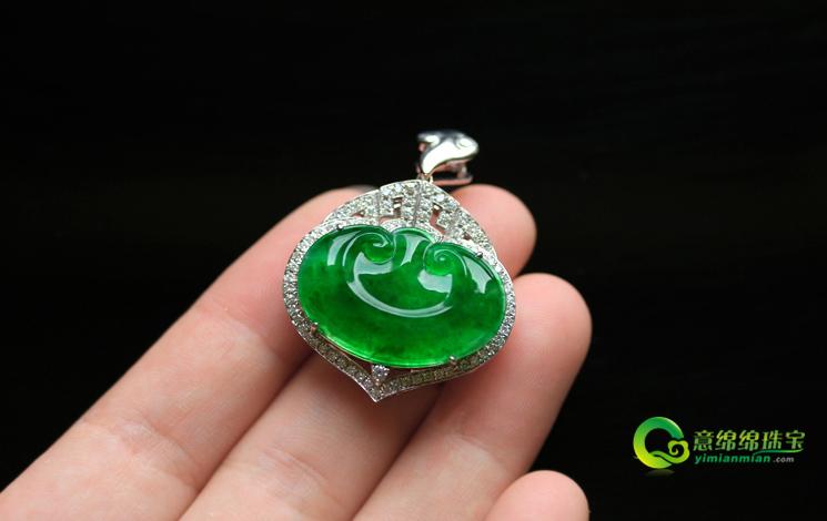 色澤艷麗天然緬甸A貨翡翠老坑玻璃種滿綠玉石如意掛件