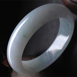 优雅闲适天然缅甸A货翡翠老坑冰糯种荧光手镯55.5mm