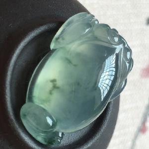 清澈见底天然缅甸龙8国际|appA货老坑冰种飘花三脚蟾蜍挂件