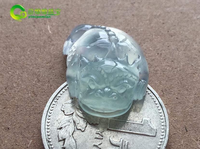 淡雅芬芳天然缅甸A货翡翠老坑玻璃种三脚蟾蜍挂件