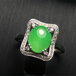 清歌缱绻天然缅甸翡翠A货老坑冰种满绿蛋面戒指
