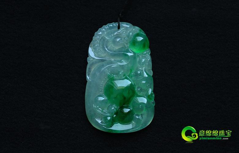 晶莹滋润玻璃种阳绿翡翠貔貅挂件 适合佩戴貔貅的人群 貔貅如何摆放